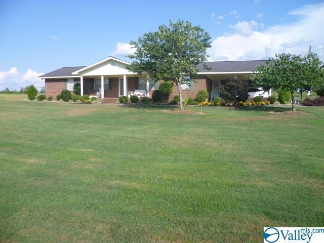 38001 Alabama Highway 75, Fyffe, AL 35971 (MLS #1124327) :: Intero Real Estate Services Huntsville