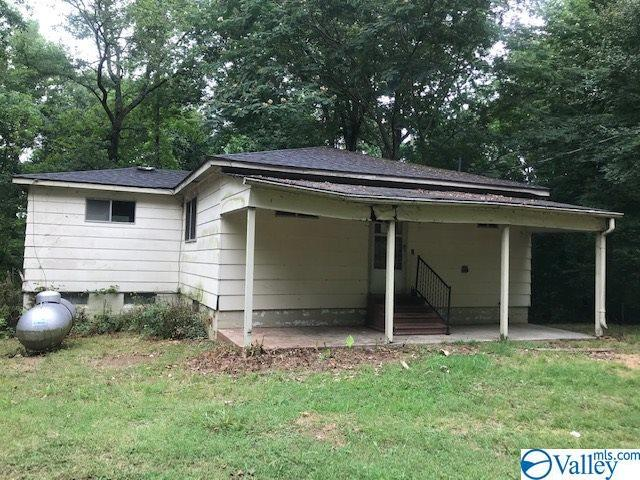 18324 Blue Springs Road, Athens, AL 35611 (MLS #1125166) :: Eric Cady Real Estate