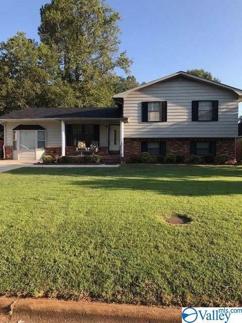 1204 SW Dodd Drive, Decatur, AL 35601 (MLS #1128091) :: Legend Realty