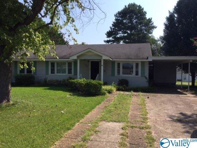207 Ford Street, Muscle Shoals, AL 35661 (MLS #1128157) :: Capstone Realty