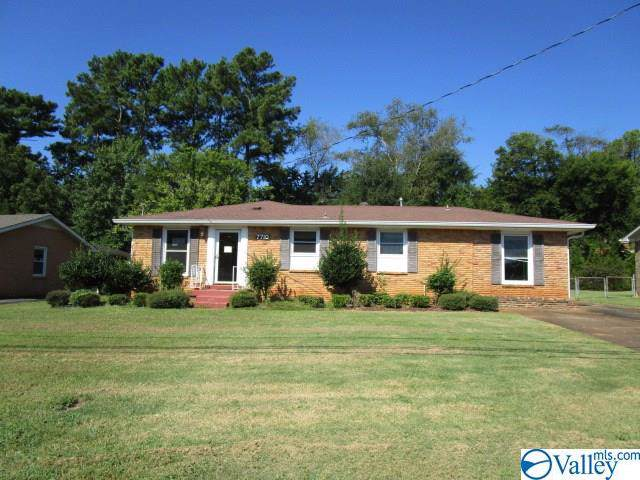 7710 Charlotte Drive, Huntsville, AL 35802 (MLS #1128239) :: Amanda Howard Sotheby's International Realty