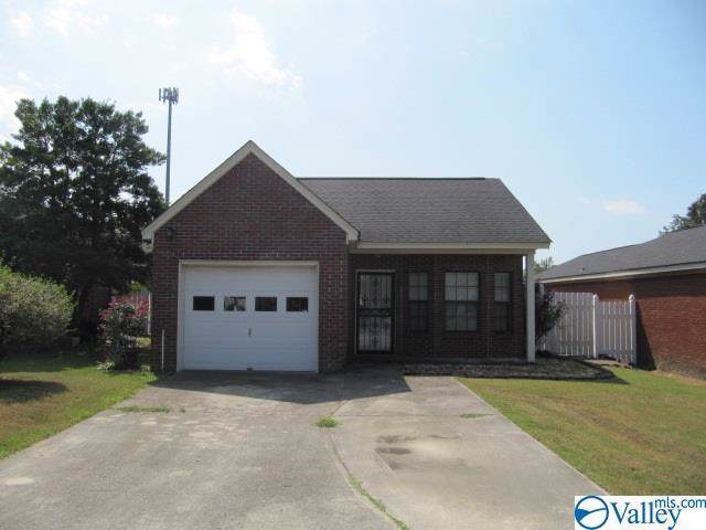616 Burns Street, Albertville, AL 35950 (MLS #1128457) :: Intero Real Estate Services Huntsville