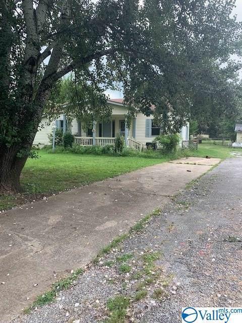 31 Lang Road, Laceys Spring, AL 35754 (MLS #1129113) :: Intero Real Estate Services Huntsville