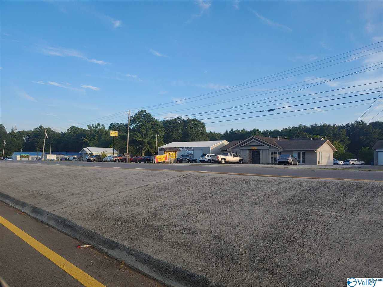 9793 Highway 431 - Photo 1