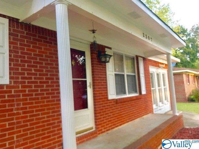 2307 Clearview Place, Decatur, AL 35601 (MLS #1130032) :: Capstone Realty