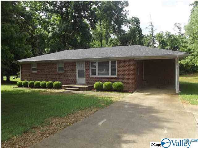 26444 Hwy 72, Athens, AL 35613 (MLS #1130198) :: Coldwell Banker of the Valley