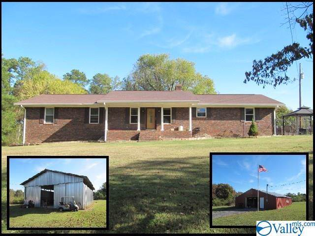 4525 Turnpike Road, Albertville, AL 35950 (MLS #1130220) :: Eric Cady Real Estate