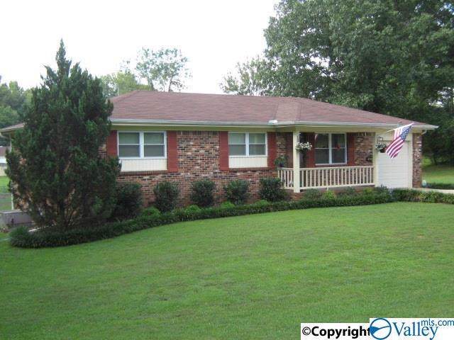 1622 Linwood Drive, Hartselle, AL 35640 (MLS #1131513) :: Amanda Howard Sotheby's International Realty
