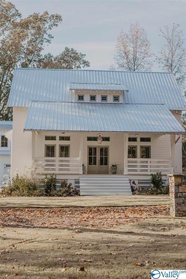 10 Fides Way, Scottsboro, AL 35769 (MLS #1132725) :: Capstone Realty