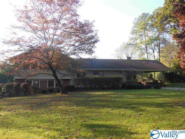 2403 Stratford Road, Decatur, AL 35601 (MLS #1133137) :: Capstone Realty