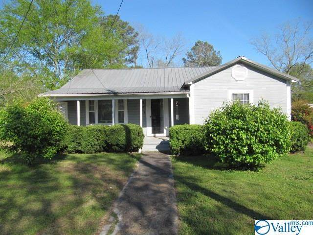 408 Burns Street, Albertville, AL 35950 (MLS #1140739) :: Amanda Howard Sotheby's International Realty