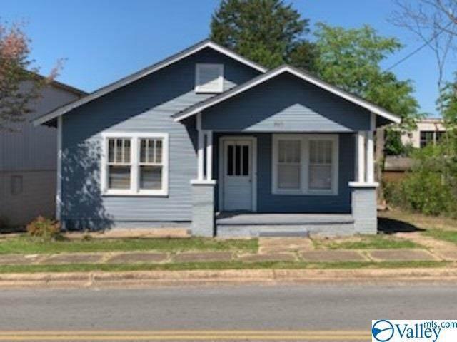 208 S Scott Street, Scottsboro, AL 35768 (MLS #1142017) :: RE/MAX Distinctive | Lowrey Team