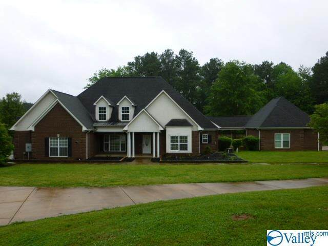 256 Carters Gin Road, Huntsville, AL 35773 (MLS #1143306) :: The Pugh Group RE/MAX Alliance