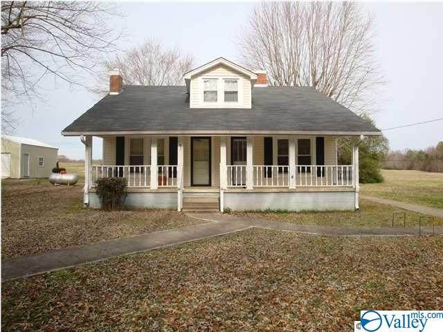12792 Pulaski Pike, Toney, AL 35773 (MLS #1144562) :: Amanda Howard Sotheby's International Realty