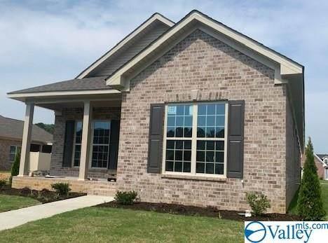 2815 SW Hempstead Avenue, Decatur, AL 35603 (MLS #1145030) :: Capstone Realty
