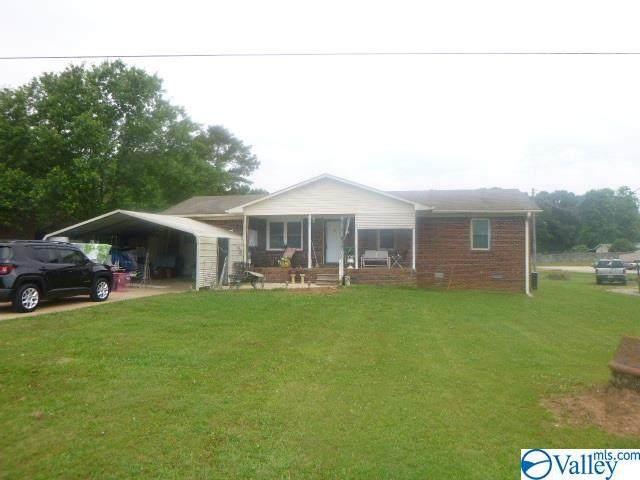 15435 Elk River Mills Road, Athens, AL 35614 (MLS #1145050) :: Amanda Howard Sotheby's International Realty
