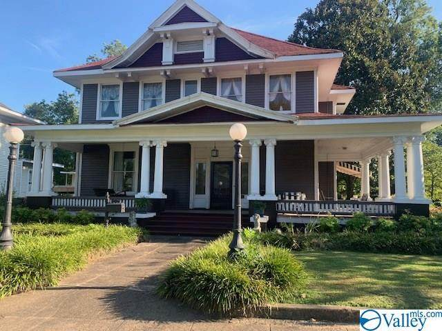 852 Walnut Street, Gadsden, AL 35901 (MLS #1146268) :: Legend Realty