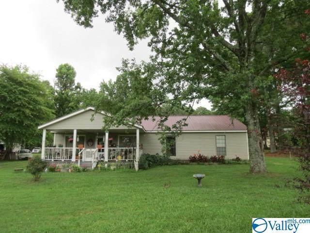 30 Champion Road, Albertville, AL 35951 (MLS #1147372) :: Amanda Howard Sotheby's International Realty