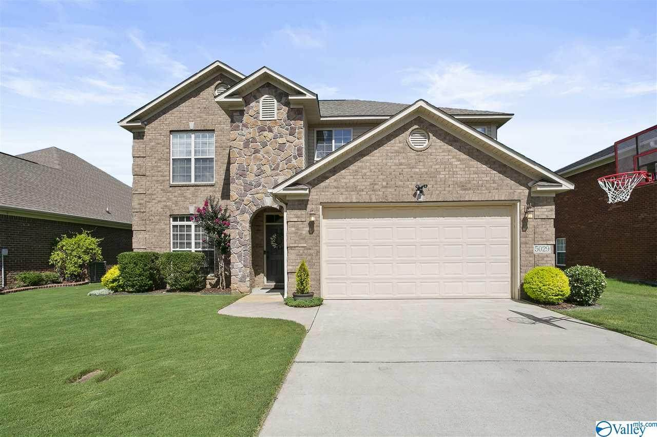 5029 Valley Cove Drive - Photo 1