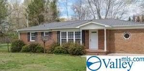 411 Franklin Street, Scottsboro, AL 35769 (MLS #1152771) :: The Pugh Group RE/MAX Alliance