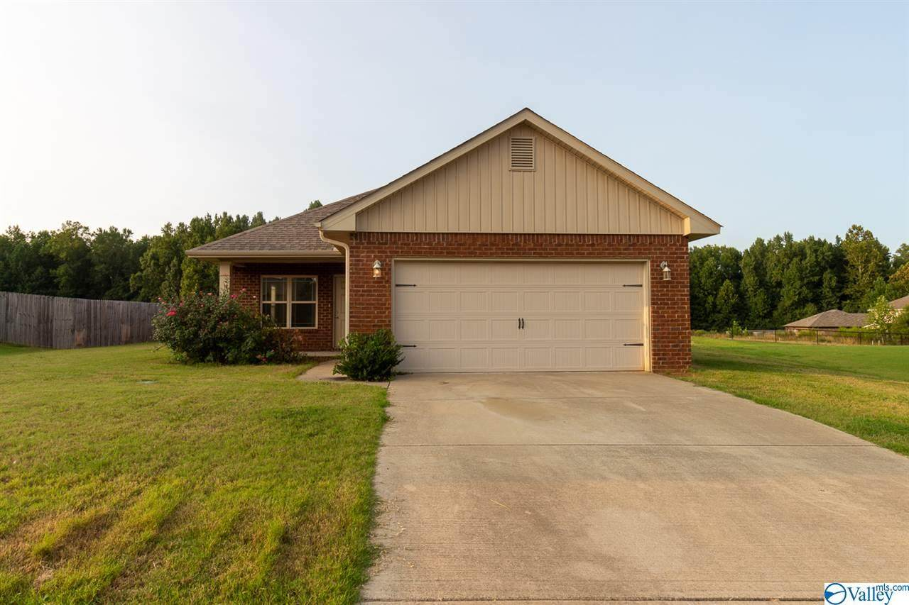 126 Clydesdale Lane - Photo 1