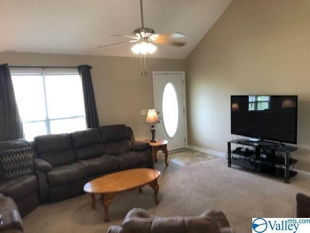 20 Ridgeline Drive, Fayetteville, TN 37334 (MLS #1153386) :: RE/MAX Distinctive | Lowrey Team