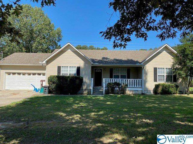2013 Park Street, Guntersville, AL 35976 (MLS #1153412) :: The Pugh Group RE/MAX Alliance
