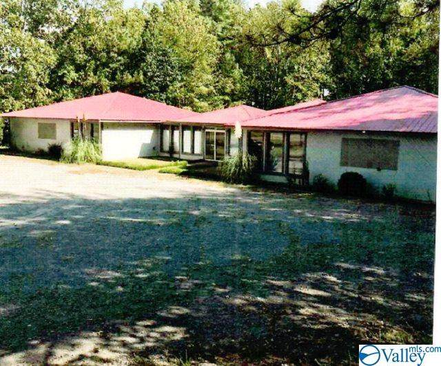 655 Northgate Drive, Arab, AL 35016 (MLS #1153658) :: Rebecca Lowrey Group