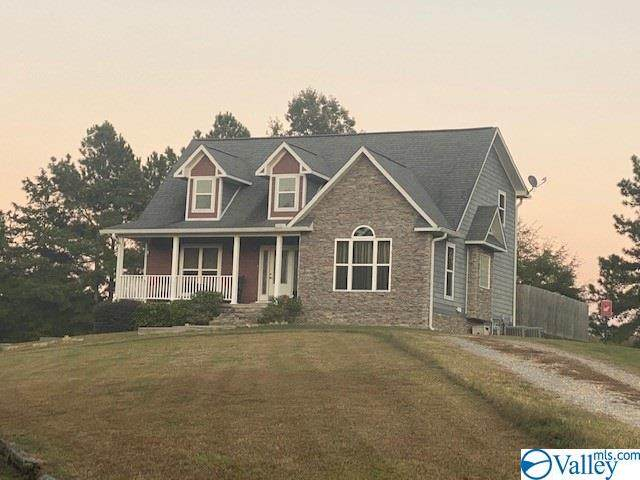 281 Coal Street, Sand Rock, AL 35983 (MLS #1155504) :: Revolved Realty Madison