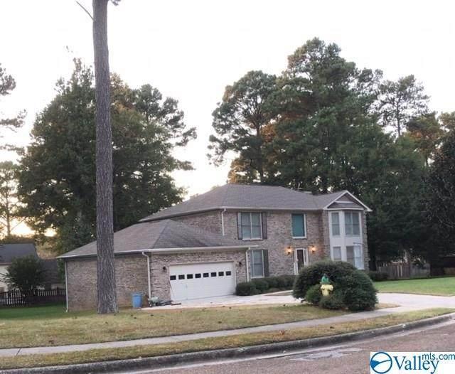 15014 Carlisle Drive, Huntsville, AL 35803 (MLS #1155903) :: LocAL Realty