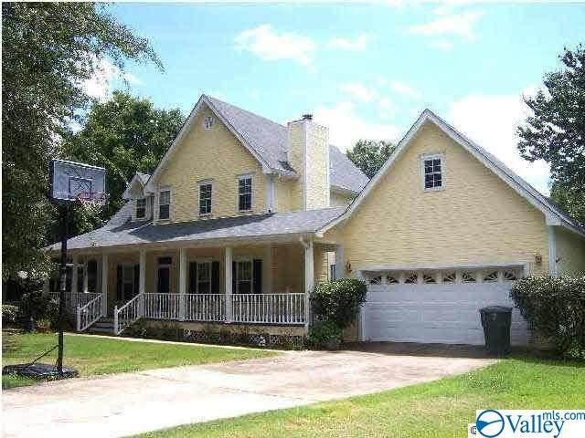 1304 Dan Avenue, Albertville, AL 35950 (MLS #1156775) :: Southern Shade Realty