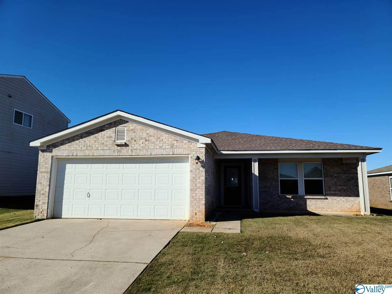 3477 Avalon Lake Drive - Photo 1