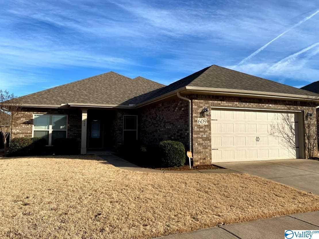 609 Willow Shoals Drive - Photo 1