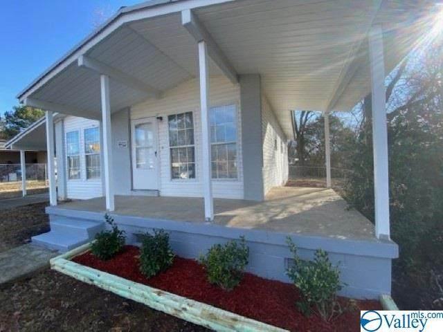 2239 Medaris Road, Huntsville, AL 35810 (MLS #1772742) :: MarMac Real Estate