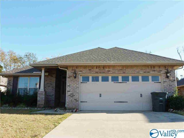 340 Research Station Boulevard, Huntsville, AL 35806 (MLS #1774306) :: Coldwell Banker of the Valley
