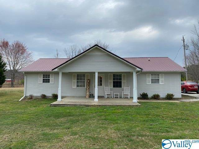 55 County Road 682, Cedar Bluff, AL 35959 (MLS #1776671) :: Coldwell Banker of the Valley
