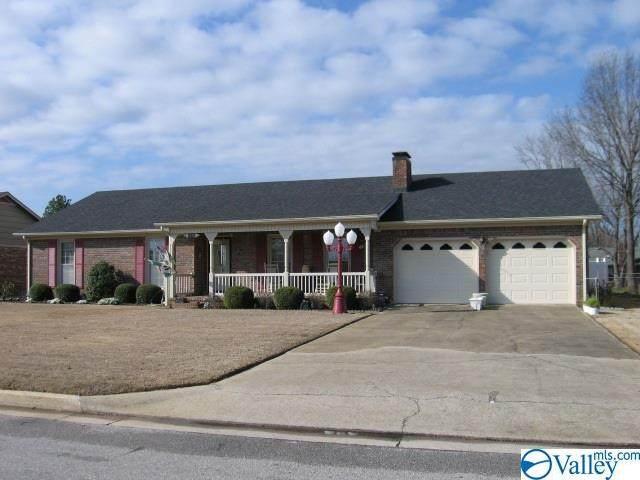 2206 Essex Drive, Decatur, AL 35603 (MLS #1778095) :: Amanda Howard Sotheby's International Realty