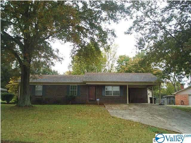 917 Wildwood Road, Decatur, AL 35601 (MLS #1778883) :: RE/MAX Unlimited
