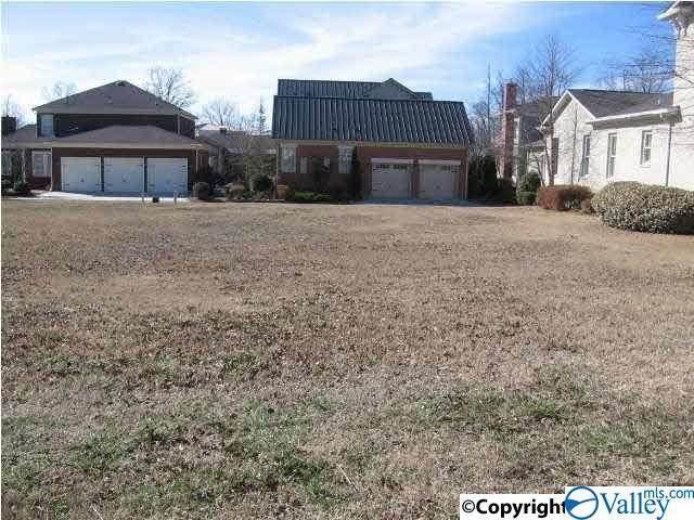 4 Royal Troon Drive, Huntsville, AL 35802 (MLS #1779655) :: MarMac Real Estate