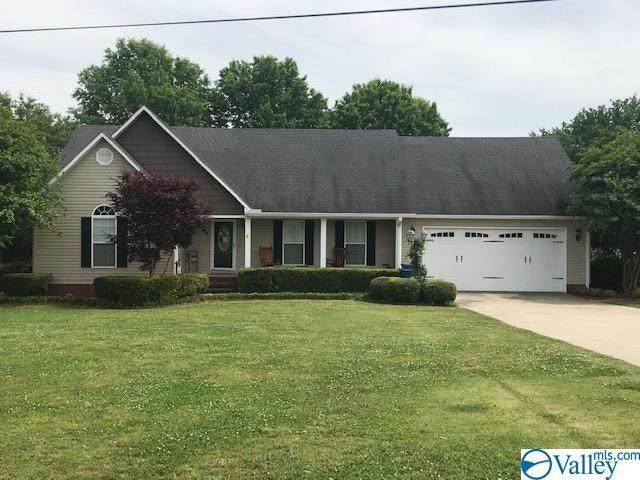 56 Lake Ridge Lane, Guntersville, AL 35976 (MLS #1780265) :: The Pugh Group RE/MAX Alliance