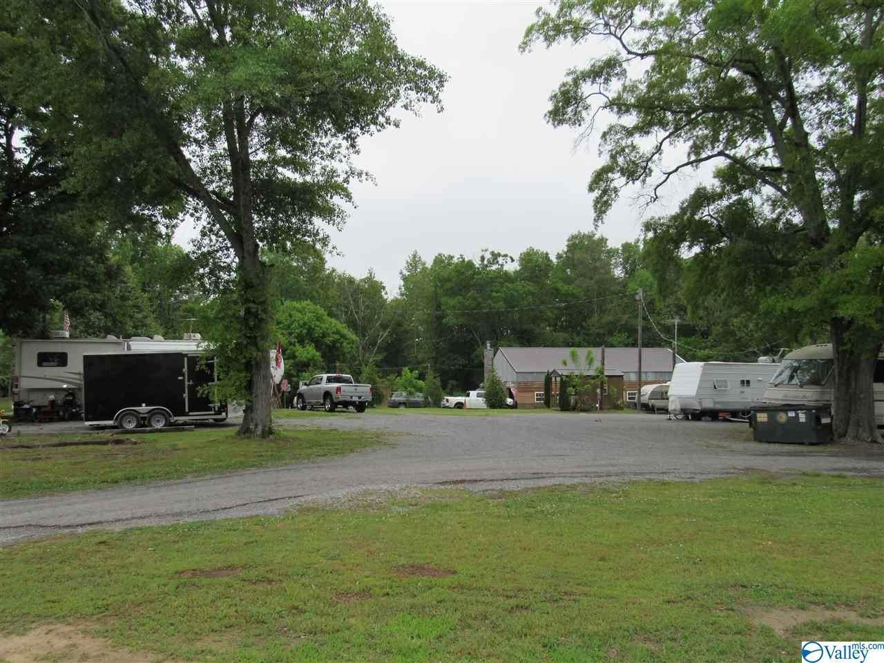 185 County Road 1843 - Photo 1