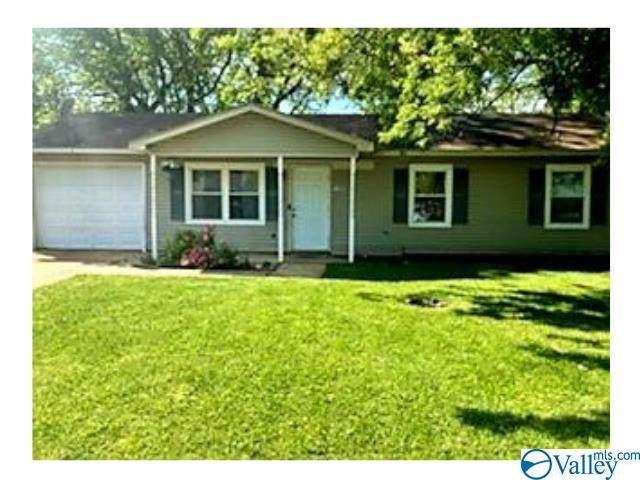 13924 Creely Drive, Huntsville, AL 35803 (MLS #1781215) :: Southern Shade Realty