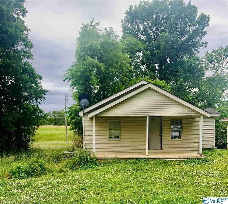 107 County Road 575 - Photo 1