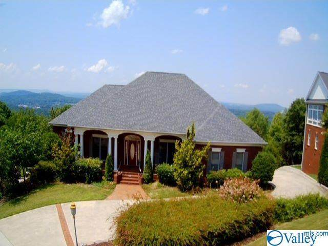 7862 Walsingham Road, Huntsville, AL 35802 (MLS #1785333) :: Coldwell Banker of the Valley