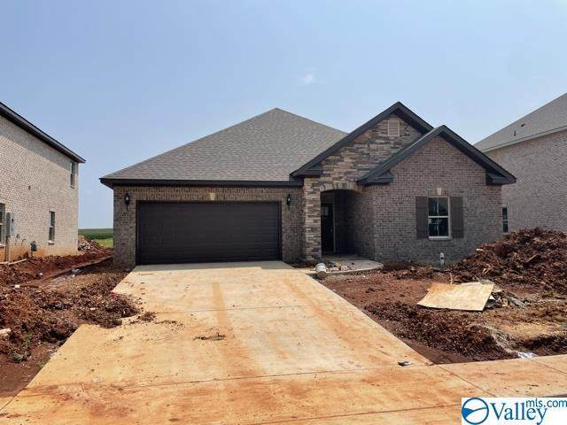 275 Holt Street, Meridianville, AL 35759 (MLS #1786618) :: Green Real Estate