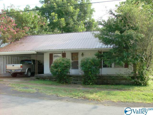 500 8th Street, Fort Payne, AL 35967 (MLS #1787978) :: Green Real Estate