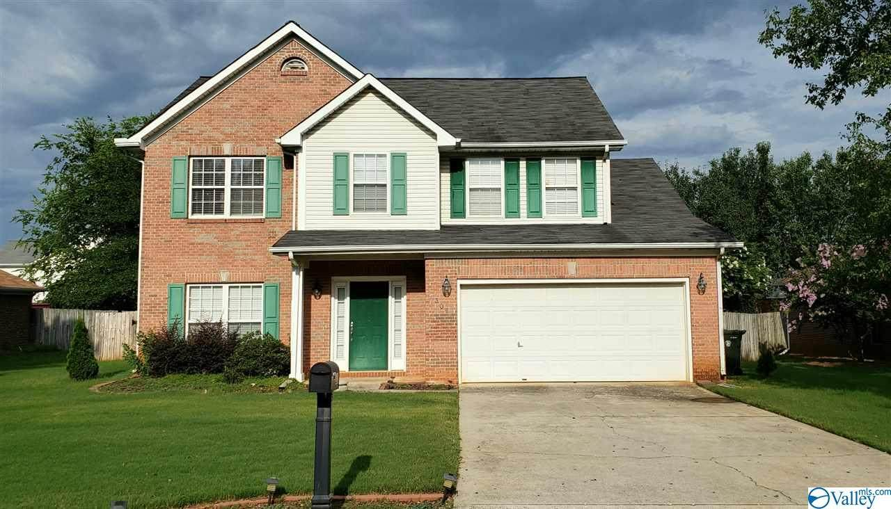 306 Holly Springs Drive - Photo 1