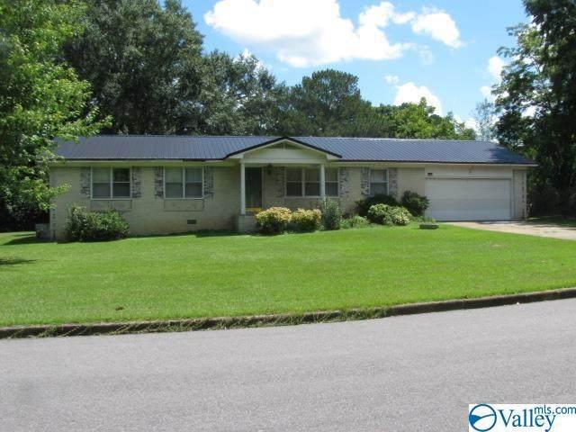 110 South Hawk Drive, Rainbow City, AL 35906 (MLS #1789032) :: The Pugh Group RE/MAX Alliance
