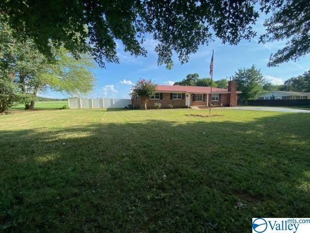 15250 Elk River Mills Road, Athens, AL 35614 (MLS #1789217) :: MarMac Real Estate