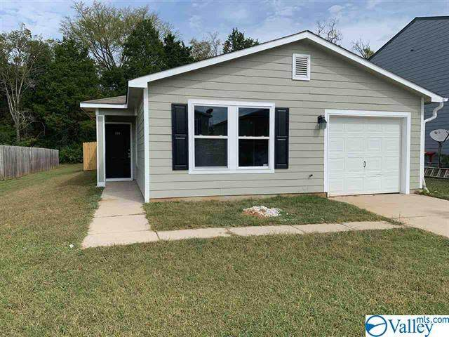 209 Dormont Drive, Huntsville, AL 35810 (MLS #1791883) :: Green Real Estate